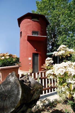 """Antica Torre - Living Love """"Le Coccole"""" - Castiglione del Lago - Chalet"""