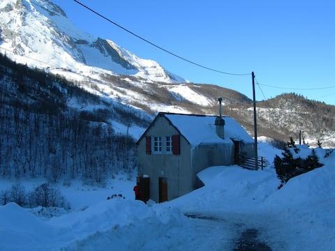 Chalet en montagne, Vallée d'Ossau, Gourette