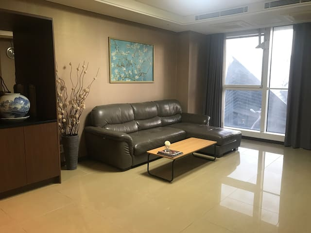 Great spacious apt, 5 min walk to 송도 Central Park!