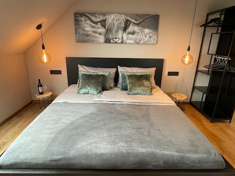 ArtHome Design Apartment close Metzingen Outlet
