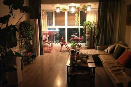 地铁站和高铁站,高速口附近温馨家庭公寓,免费提供地下车位,单间158 - Τσεντσόου