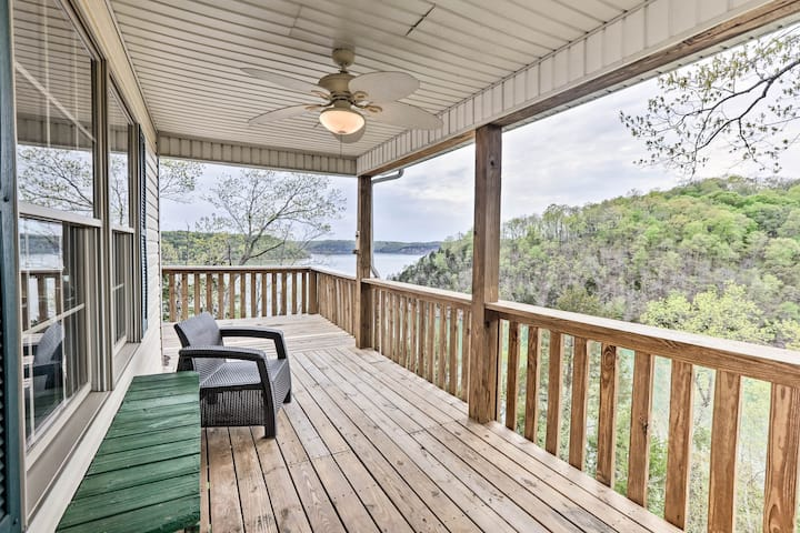 Lakefront Home w/ Multi-Level Deck, Near Somerset!