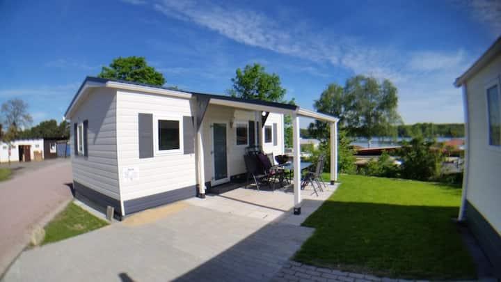 """""""PARIS"""" -  Haus am See mit Sandstrand & Seeblick nahe Rhein-Main und Spessart"""