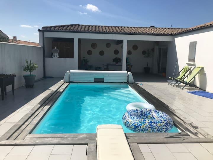 Chbre 2 lits 90 avec piscine proche La Rochelle