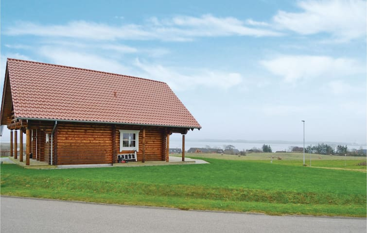 Holiday cottage with 3 bedrooms on 130m² in Fur