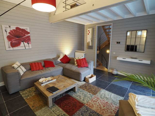 HOUSE IN THE CITY - Brussels - Rumah