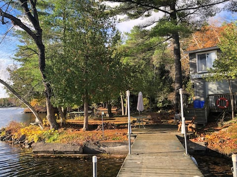 Stony Lake Island Cottage by Burleigh Falls