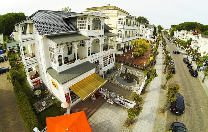 Wellness Villa Miramar großes Doppelzimmer 2