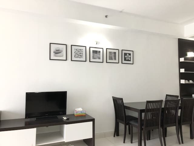 TV and dinning table