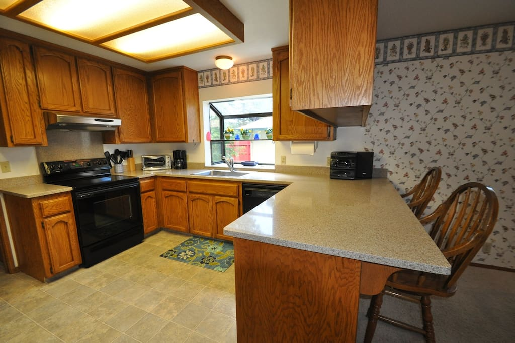Casa Sol. Pine Mountain Lake Vacation Rental, located just 25 miles from the entrance of Yosemite, Hwy 120 corridor. Unit 4 Lot 263
