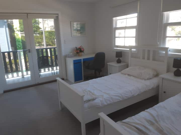Private Bedroom with Ensuite in Drummoyne