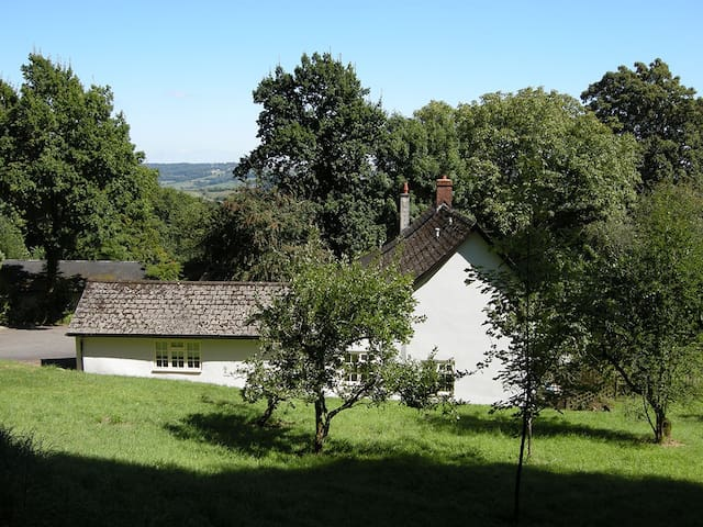 Self catering studio flat on beautiful Devon farm - Stockland - Apartment