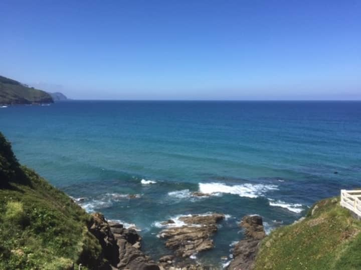 OCEAN VIEW, SURFING BASQUE COUNTRY, DRAGONSTONE