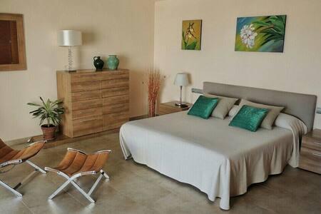 Habitación en Villa Privada Ibiza