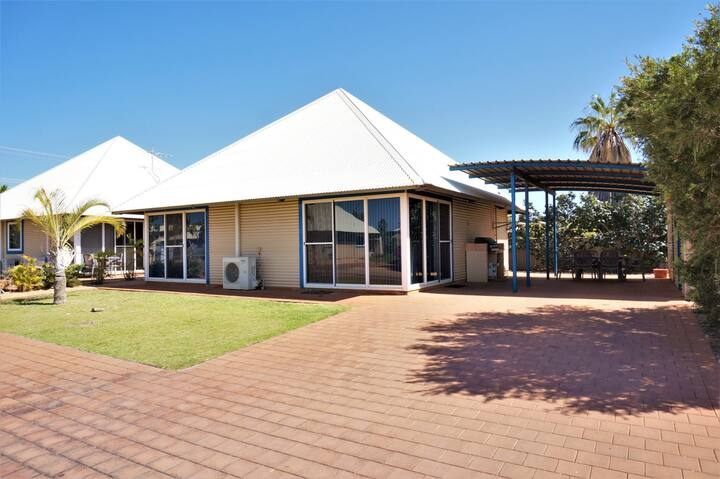 Osprey Holiday Village Unit 102
