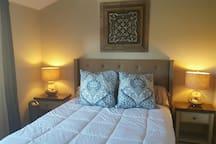 New Queen bed