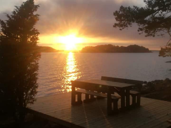 Velkuanmaa: Authentic archipelago cottage