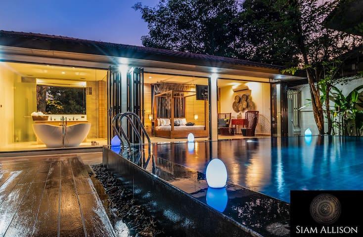 88 Grand resort pool villa in CENTER OF BANGKOK