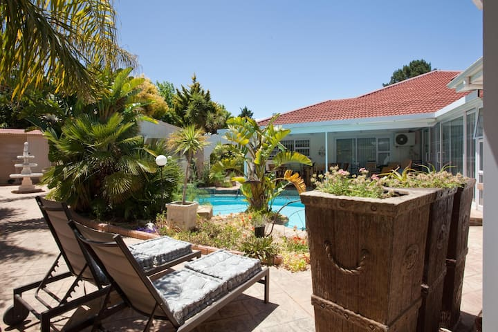Cest La Vie Wine Route Apartment - Cape Town - Byt
