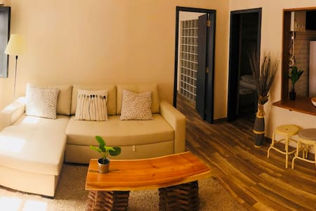 Casa Mia - 2 bed apartment in peaceful street