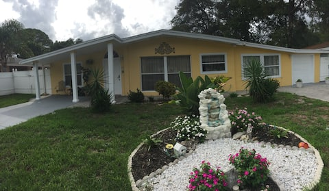 Florida Sarasota Rental Room