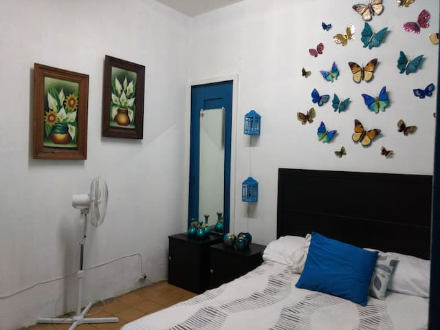 """Habitación """"Kenia"""" Centro histórico de Guadalajara"""