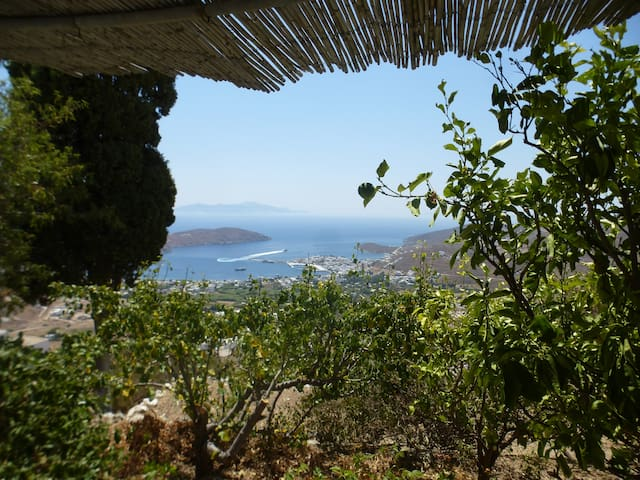 Holiday studio in Serifos with incredible view - Serifos - Bungalov