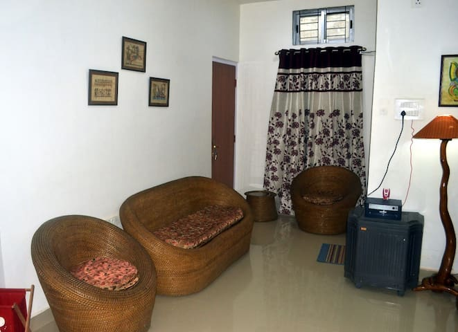Dream Homestay Room B - Fully furnished & spacious