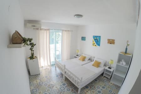 Le Coq Apartments in the Heart of Ulcinj, Room 2