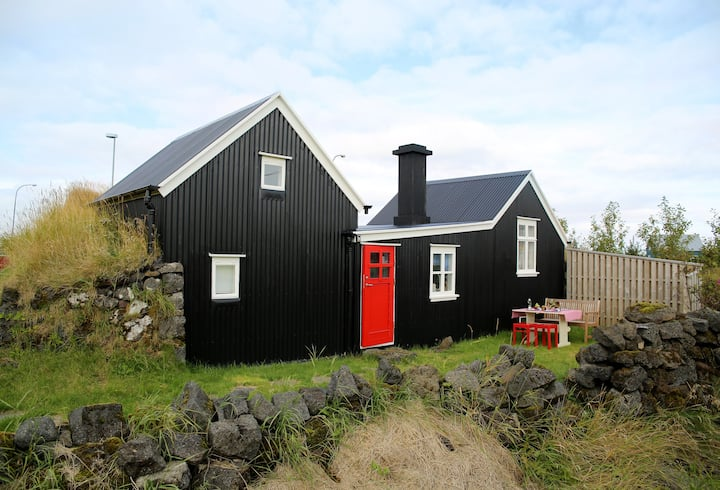 Historic rural cottage from 1890 by the beach