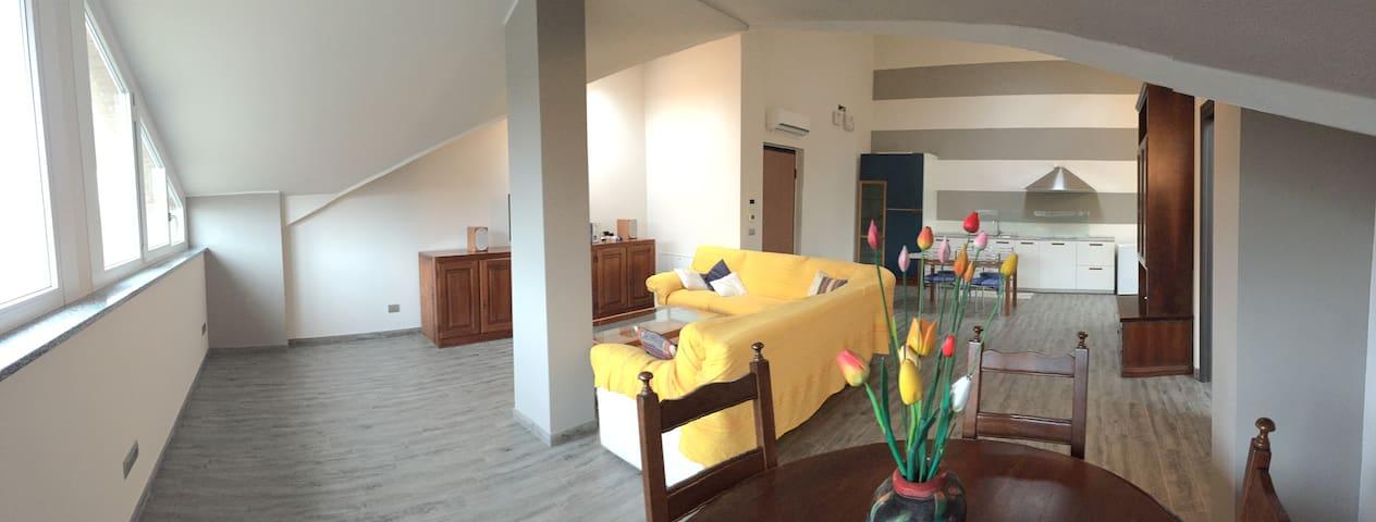Casa Bruna - Fantastico loft comodo al centro