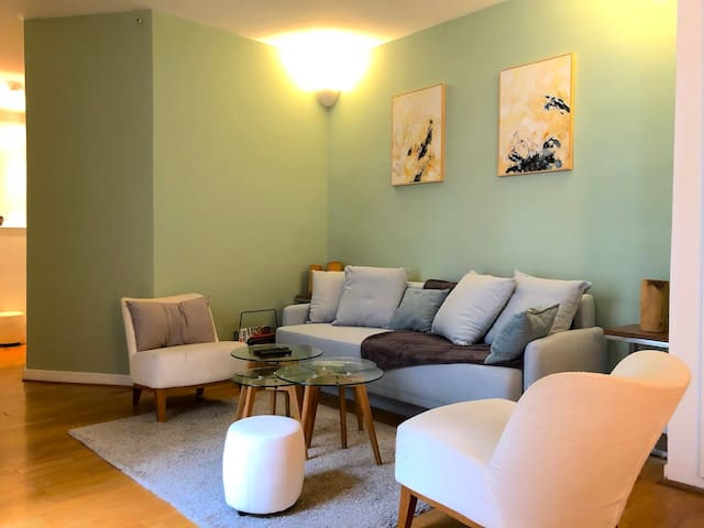Magdebourg - Living-room with sofa-bed for 2 persons