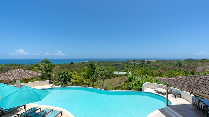Villa WOW: 1 million dollar ocean view + sunset