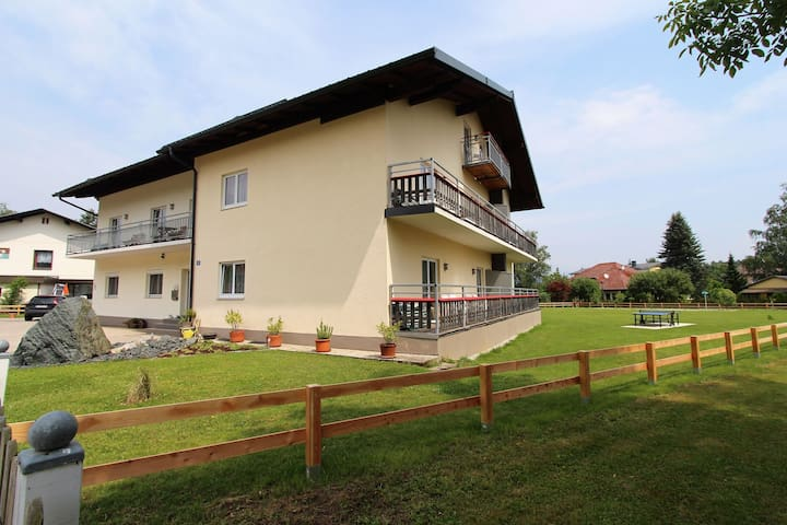 Gorgeous apartment in Sankt Kanzian near Lake Klopein