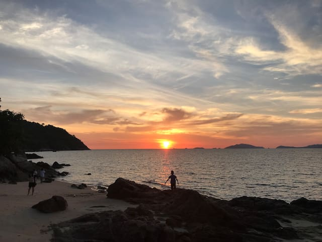 PRIVATE BEACH , Nature, Quiet , sunset spot&Kayak