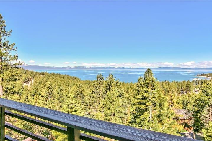 3BR w/ Stunning Panoramic Lake Views
