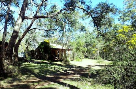 Idyllic River Cottage
