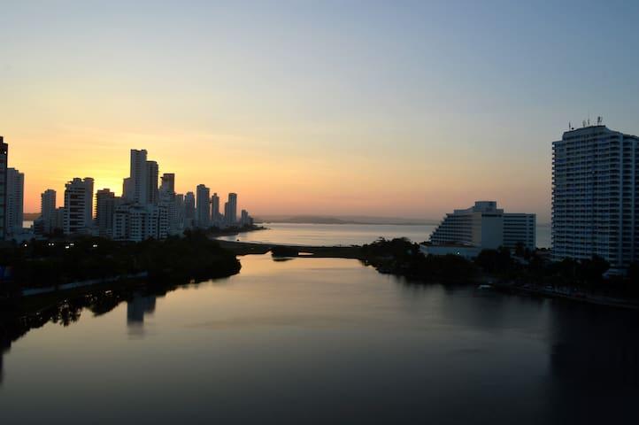Amanecer desde el balcón del apartamento/ Sunrise seaview from balcony