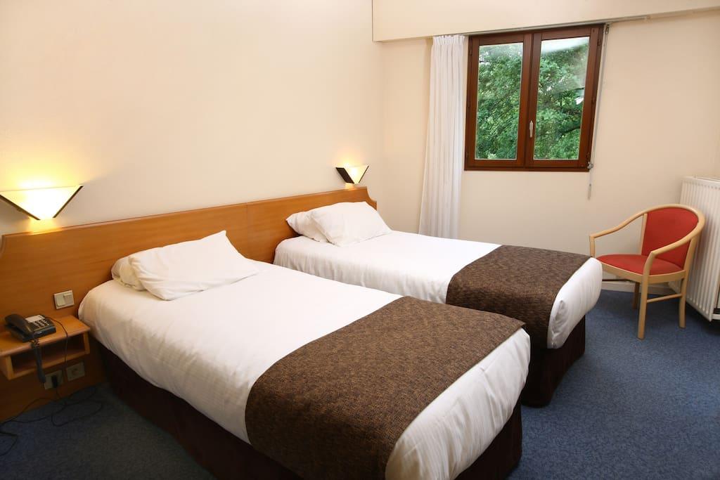 chambre double à 2 lits