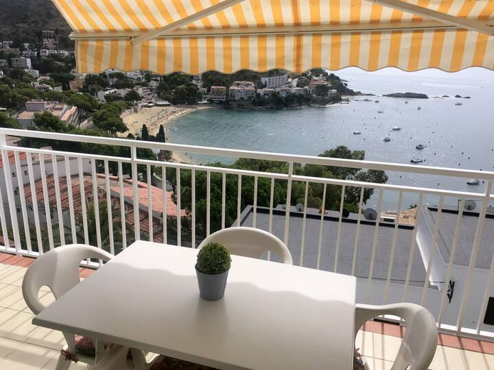 MAT- Nice 2 bedrooms apartment with sea view in Canyelles with parking