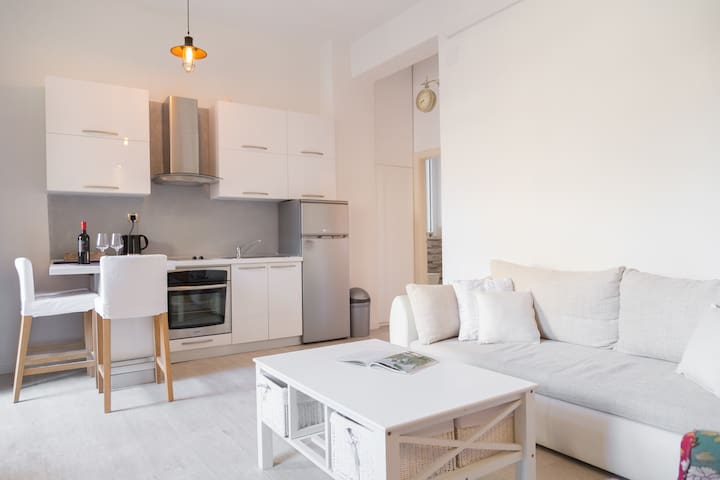 Twins Apartment in Center 4*