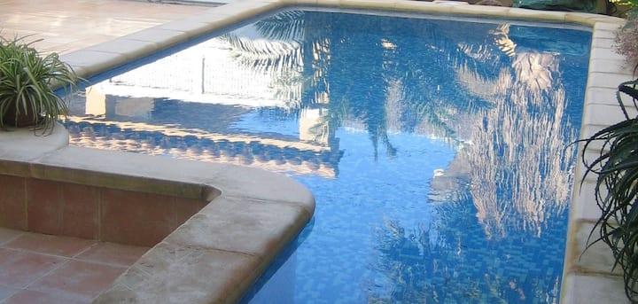 Precioso chalet con piscina privada, Oliva