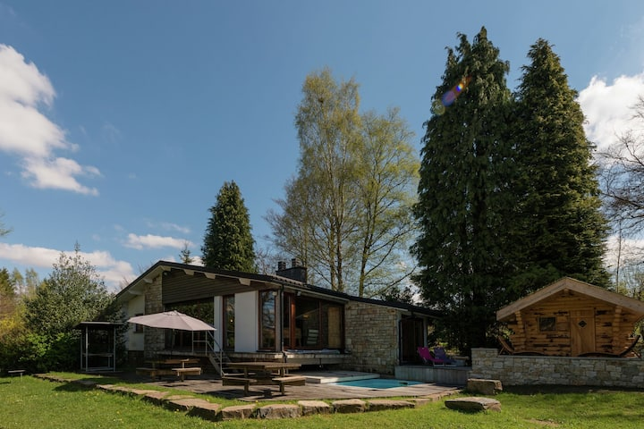 Perfect, leisurely holiday home in Waimes with Swimming Pool, Sauna, Turkish Steambath