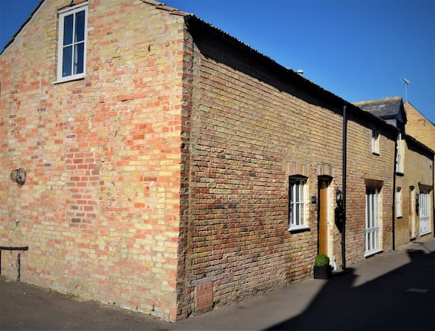 The Old Bottle Store,  modern town centre property
