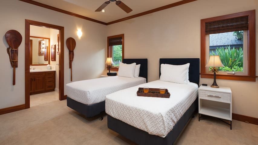 Bedroom #3.  2 TwinXL or King with topper PLUS daybed