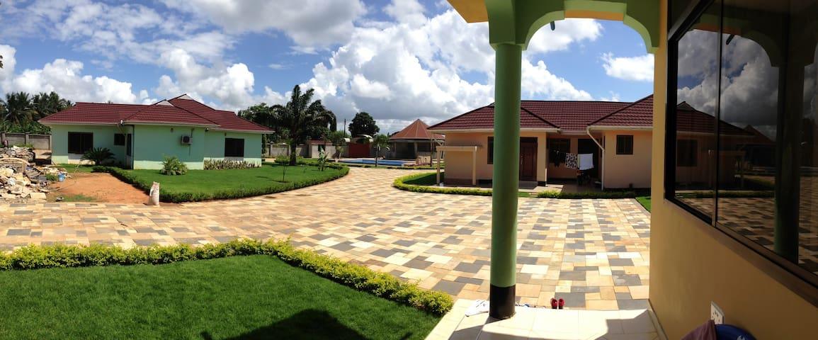 Tanga Raskazone, Safe and Clean 4 Bedroom House - Tanga - House
