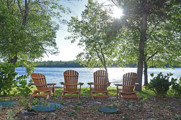 River Chalet - 30 min from Ottawa