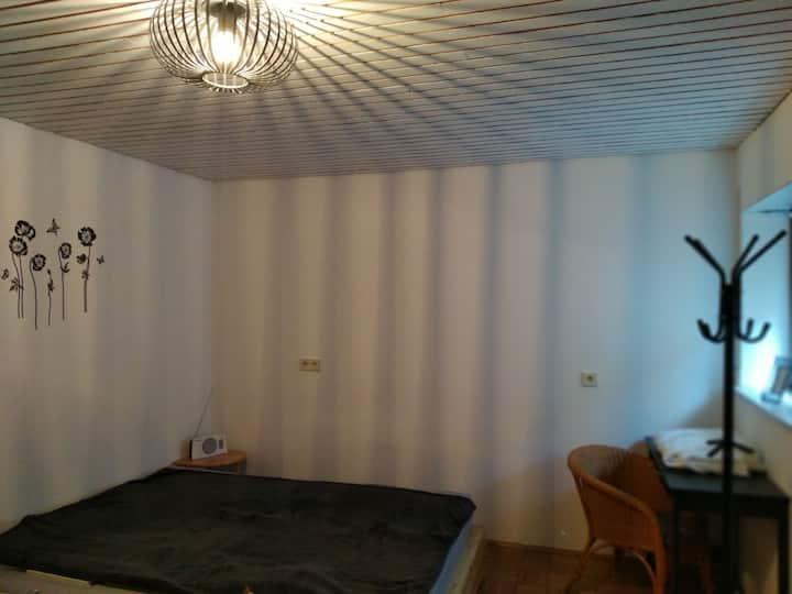 Gemütliches Appartement im Landhaus am Waldrand