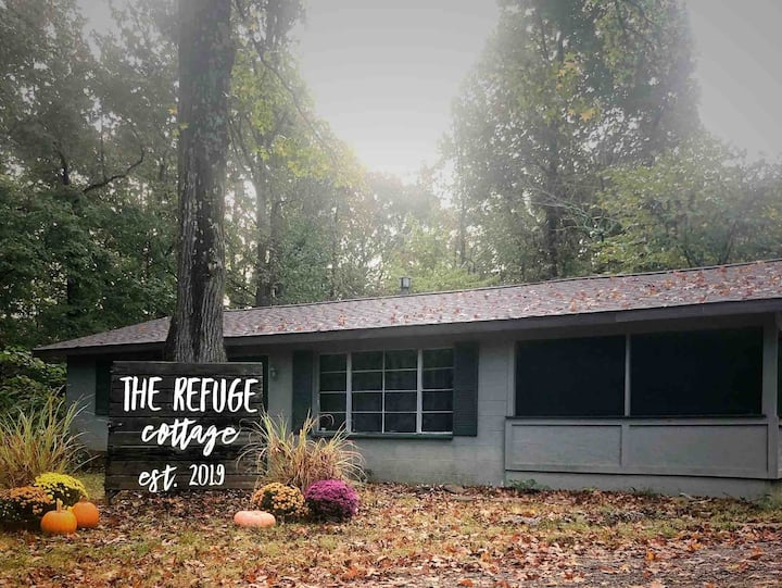 The Refuge Cottage on the Shawnee Wine Trail!