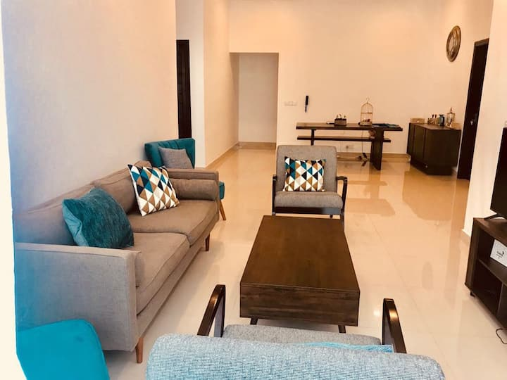 Double Bedroom Apartment in Colombo Sea view